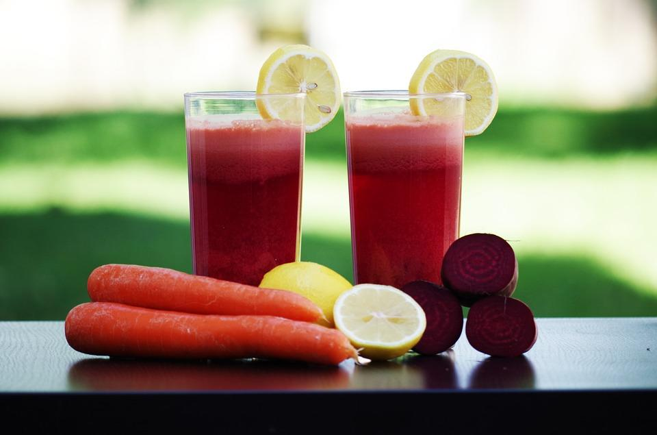 <p>Say goodbye to summer skin problems with this beetroot carrot apple smoothie. Loaded with antioxidants & Vitamin A, drink this smoothie to enjoy glowing skin this summer. Heart friendly beetroots used in this smoothie are no less than superfoods & help boost the immune system. The beta carotene present in carrots help maintain healthy eyesight. Clean, peel & chop one medium size beetroot into wedges. Remove the skin of two carrots & chop into small pieces. Wash & slice two apples after removing the seeds. Blend all the ingredients in the blender till smooth. Add a little water while blending if the smoothie is too thick. Image courtesy- Pixabay </p>