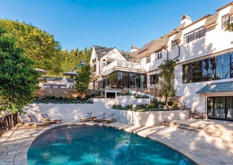 Pool and patio complete Portia and Ellen Degeneres' new home