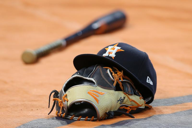 Houston Astros temporarily shut down alternate training site due to positive COVID-19 test. (Photo by Bob Levey/Getty Images)