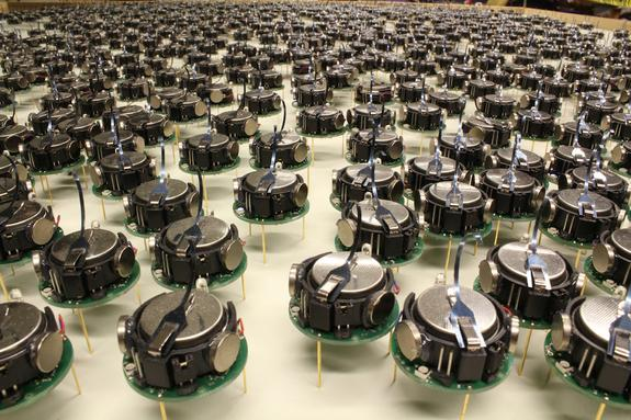 Robot 'Army' Can Swarm into 3D Formations