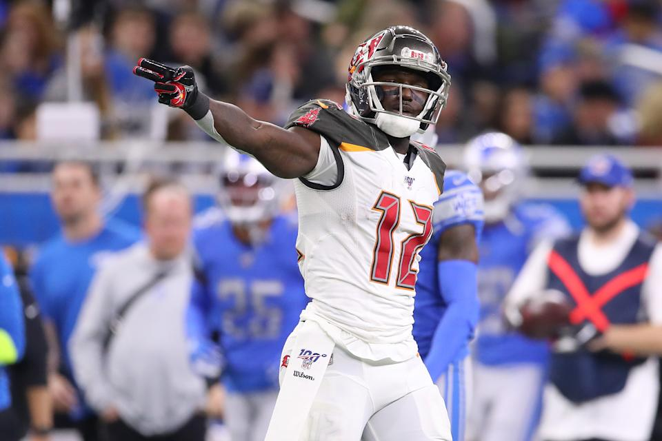 Chris Godwin #12 of the Tampa Bay Buccaneers signals a first down