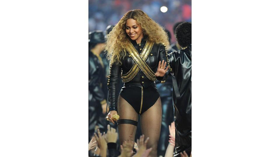 """<ul> <li><strong>Cost: </strong>The triple digits…maybe even more</li> </ul> <p>Beyoncé knows that <a href=""""https://www.gobankingrates.com/saving-money/budgeting/things-should-never-skimp-on/?utm_campaign=1023534&utm_source=yahoo.com&utm_content=21"""" rel=""""nofollow noopener"""" target=""""_blank"""" data-ylk=""""slk:skimping on one's haircut"""" class=""""link rapid-noclick-resp"""">skimping on one's haircut</a> is never in style. Hairstylist Kim Kimble first started working with Beyoncé in 2001 and more recently is the styling mastermind behind her 30-foot braids in the """"Black is King"""" visual album, according to PopSugar. But her services don't come cheap: A designer cut at Kimble's salon costs up to $150 and creative color services start at $185. But you know Beyoncé isn't going to a salon or being worked on by an <em>associate. </em></p> <p>Beyoncé's makeup is always flawless thanks to her longtime makeup artist Sir John, who also serves as a Consulting Celebrity Makeup Artist for L'Oreal Paris. Sir John's rates aren't publicly available, but he's worked with several other A-listers, including Kim Kardashian, so his services likely don't come cheap.</p>"""