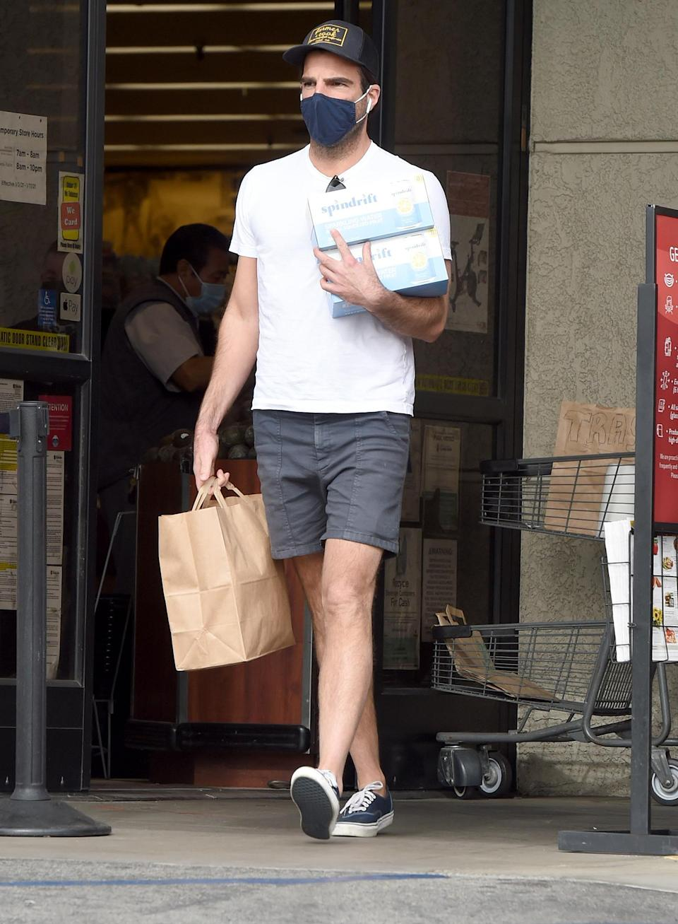 <p>Zachary Quinto keeps it casual as he stocks up on food and drinks at Gelson's supermarket on Wednesday in L.A.</p>