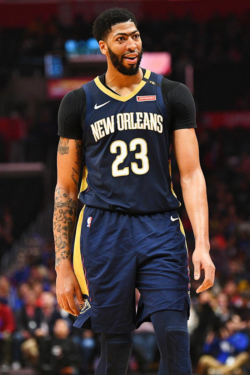 New Orleans Pelicans Anthony Davis Fined 15k For Flipping