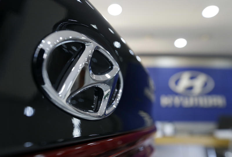 Hyundai Motor 39 S Profit Tumbles 39 Percent On Weak Car Sales