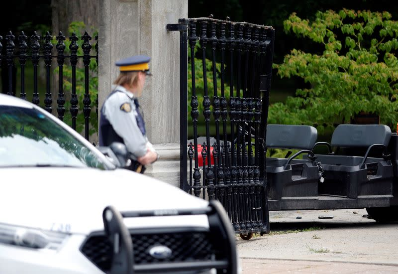 Armed military man who rammed gates near Canada PM Trudeau's residence acted alone - police