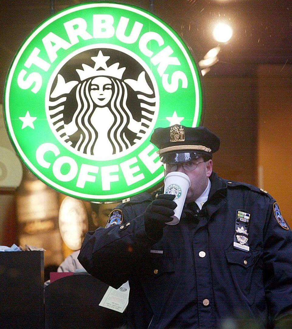 <p>In 2004, Starbucks became the largest food chain in Manhattan, with 150 outlets across the five boroughs. </p>