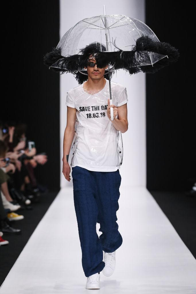 """<p>Another model wears the political statement tee that reads """"Save the Date, 18.03.18"""" at the Atelier Gala B runway show during Mercedes-Benz Fashion Week Russia. (Photo: Getty Images) </p>"""