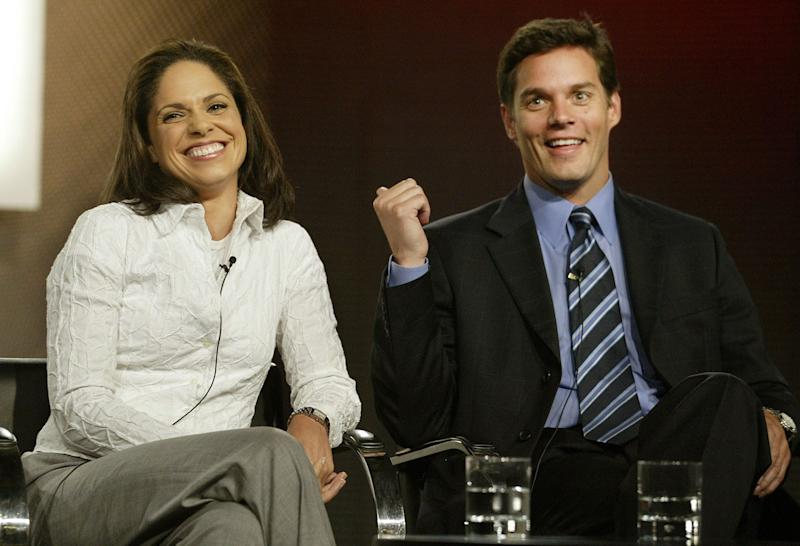 Cable News Network anchors Soledad O'Brien (L) and Bill Hemmer, co-hosts of CNN's morning news program