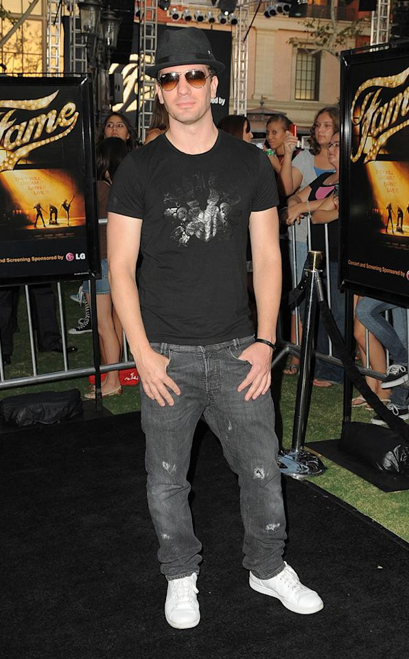 """<a href=""""http://movies.yahoo.com/movie/contributor/1804365231"""">JC Chasez</a> at the Los Angeles premiere of <a href=""""http://movies.yahoo.com/movie/1810033914/info"""">Fame</a> - 09/23/2009"""