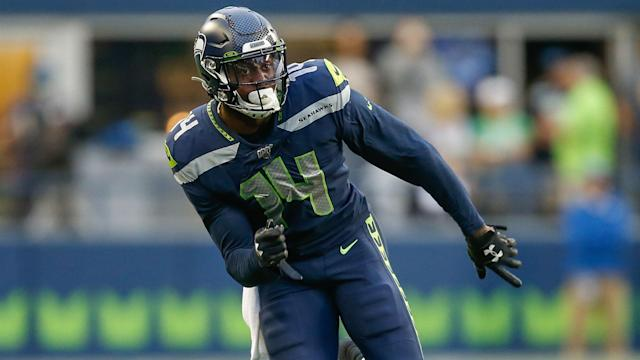 D.K. Metcalf will have an operation to solve a knee issue when the Seahawks return to Seattle, Pete Carroll confirmed.