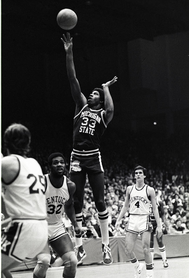 Magic Johnson #33 of the Michigan State University Spartans shoots against the University of Kentucky Wildcats during an NCAA college basketball tournament playoff game played at the University of Dayton in March 1978 in Dayton, Ohio.  (Photo by George Gojkovich/Getty Images)