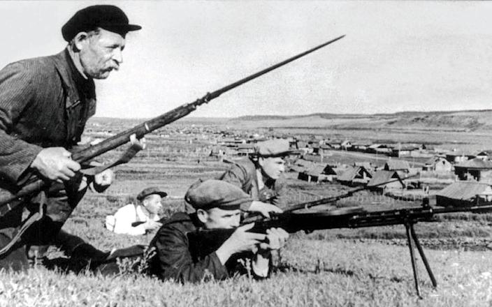 A rare image from the operation; Germans on the Eastern Front; the retreat from Moscow - Alamy Stock Photo