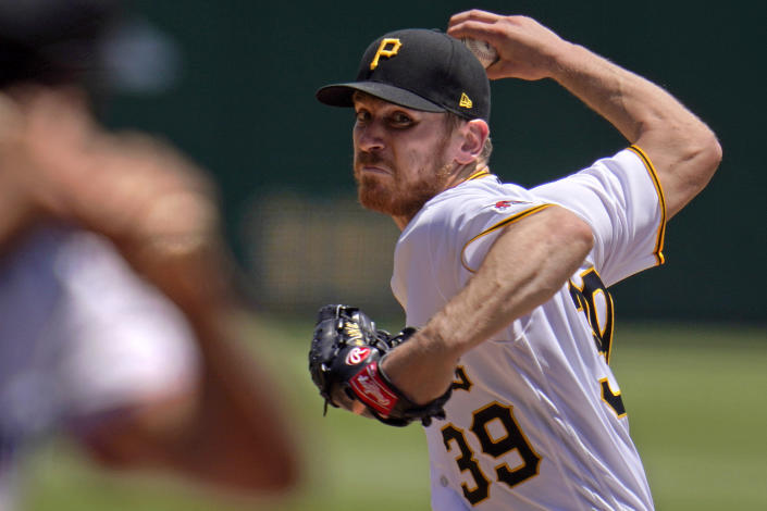 Pittsburgh Pirates starting pitcher Chad Kuhl delivers during the second inning of a baseball game against the Miami Marlins in Pittsburgh, Pa., Sunday, June 6, 2021. (AP Photo/Gene J. Puskar)
