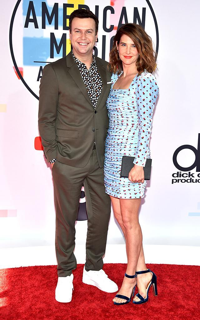 <p>Taran Killam (L) and Cobie Smulders attend the 2018 American Music Awards at Microsoft Theater on Oct. 9, 2018, in Los Angeles. (Photo: John Shearer/Getty Images For dcp) </p>