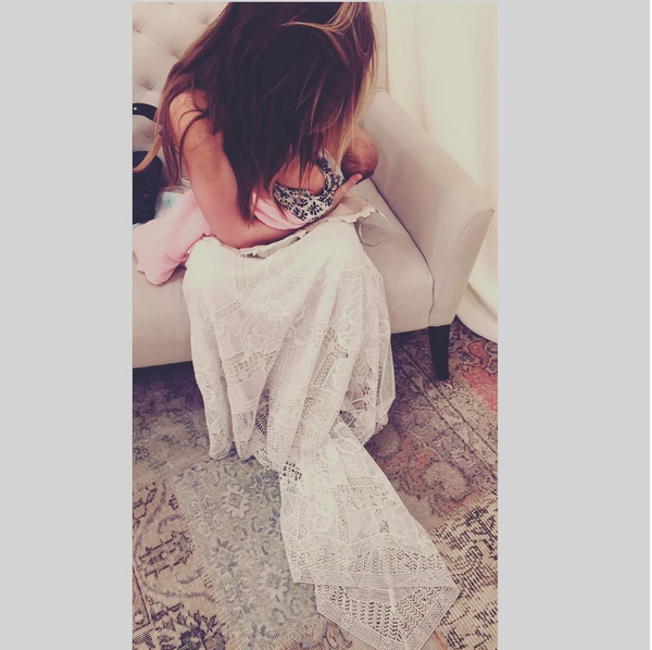 """<p>The reality star recently posted this picture of her stopping to feed new baby girl Kirra while shopping for a wedding dress. <i>(Instagram/<a href=""""https://www.instagram.com/audrinapatridge/"""" rel=""""nofollow noopener"""" target=""""_blank"""" data-ylk=""""slk:audrinapatridge"""" class=""""link rapid-noclick-resp"""">audrinapatridge</a>)</i></p>"""