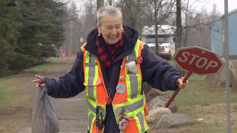 'What would I do without it?': St. Stephen crossing guard celebrates 30 years on the job