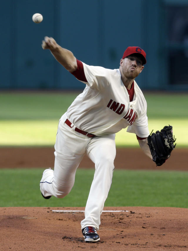 Home runs, strong pitching lead Indians to 7-2 win