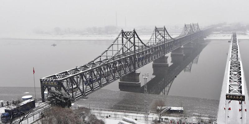 Dandong friendship bridge