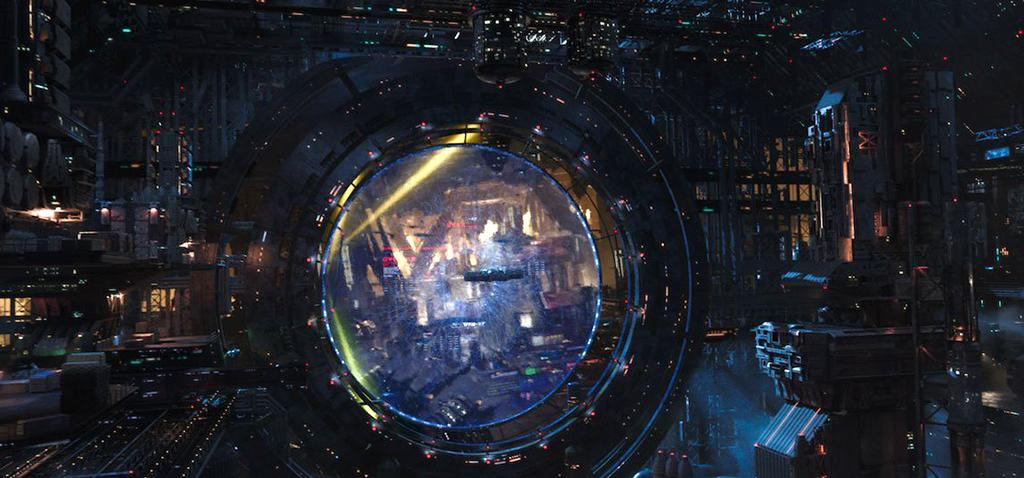 <p>Home base for much of the story, Valerian and Laureline cross paths with an array of species in this expanding intergalactic city. (Photo: EuropaCorp) </p>