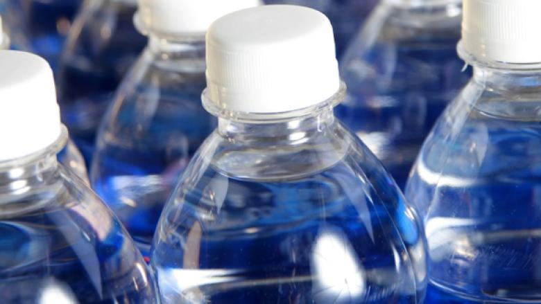 Montreal looks to ban plastic water bottles in city buildings