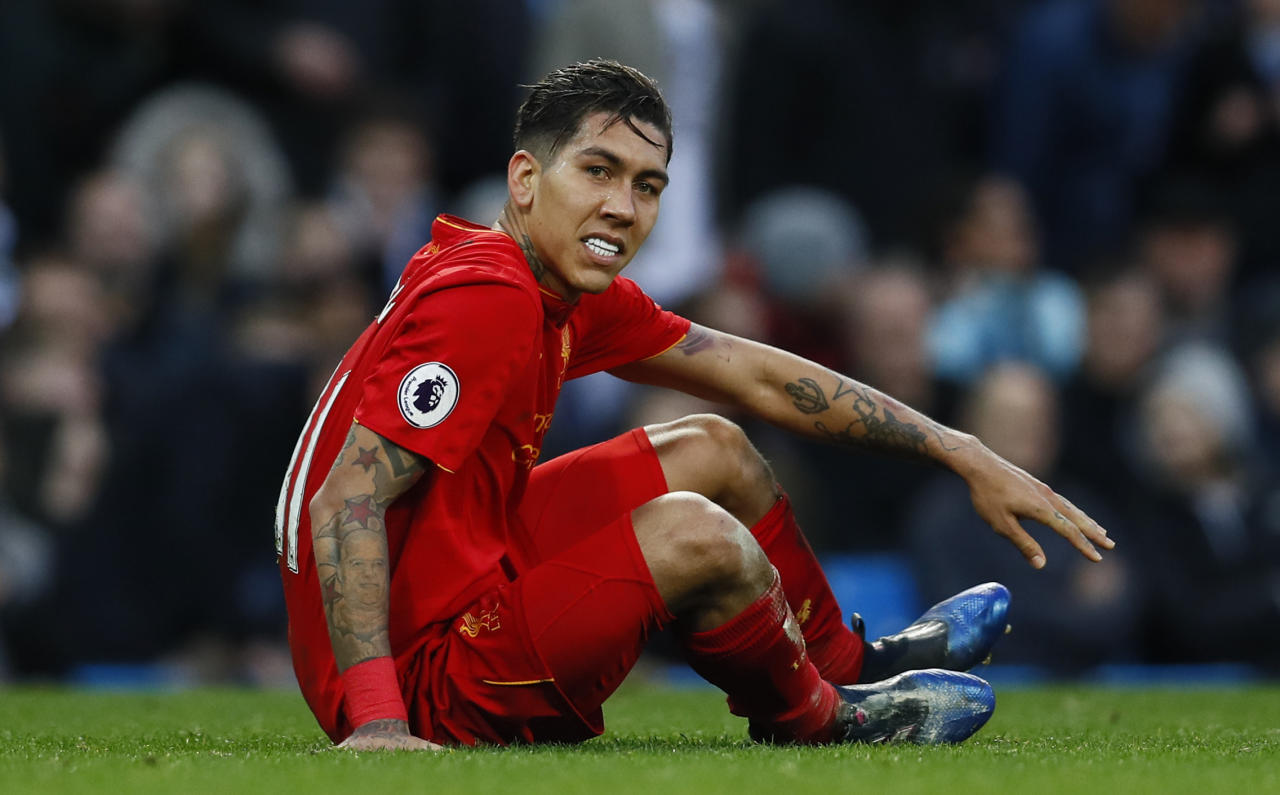 "Britain Soccer Football - Manchester City v Liverpool - Premier League - Etihad Stadium - 19/3/17 Liverpool's Roberto Firmino  Action Images via Reuters / Jason Cairnduff Livepic EDITORIAL USE ONLY. No use with unauthorized audio, video, data, fixture lists, club/league logos or ""live"" services. Online in-match use limited to 45 images, no video emulation. No use in betting, games or single club/league/player publications.  Please contact your account representative for further details."