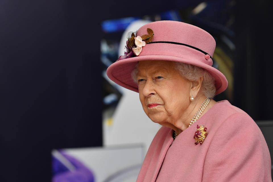 Queen Elizabeth II visits the Defence Science and Technology Laboratory (Dstl) at Porton Down science park on October 15, 2020 near Salisbury, England. (Photo by Ben Stansall - WPA Pool/Getty Images)