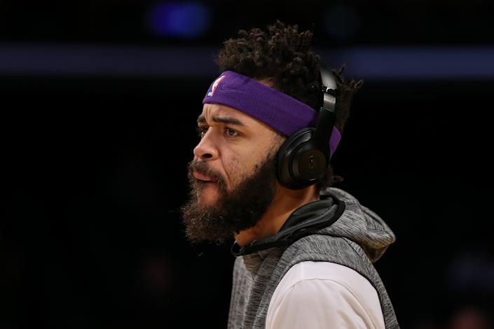"""You can purchase Beats by Dre Studio3 Wireless Headphones with the <a class=""""link rapid-noclick-resp"""" href=""""/nba/teams/la-lakers/"""" data-ylk=""""slk:Lakers"""">Lakers</a>' logo and color in our Yahoo Fanatics shop. (Photo by Icon Sportswire)"""