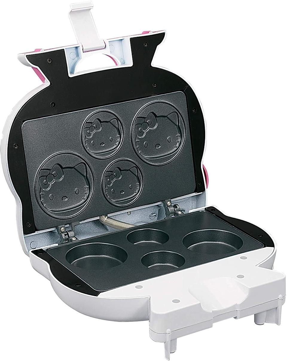 <p>How cool is this <span>Hello Kitty Cupcake Maker</span> ($40)!?</p>