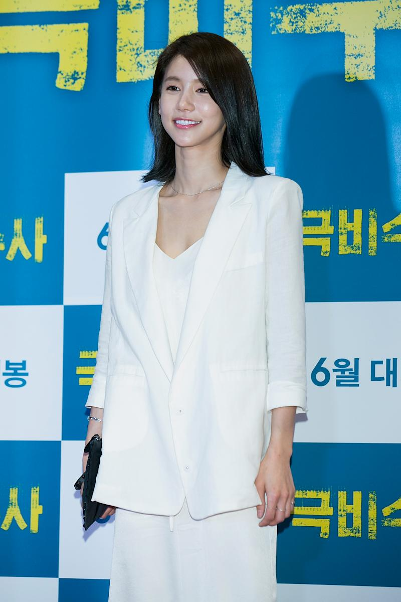 "SEOUL, SOUTH KOREA - JUNE 16: South Korean actress Oh In-Hye attends ""The Classified File"" VIP screening at COEX Mega Box on June 16, 2015 in Seoul, South Korea. The film will open on June 18, in South Korea. (Photo by Han Myung-Gu/WireImage)"