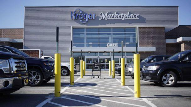 Kroger asks customers to stop openly carrying guns in its stores