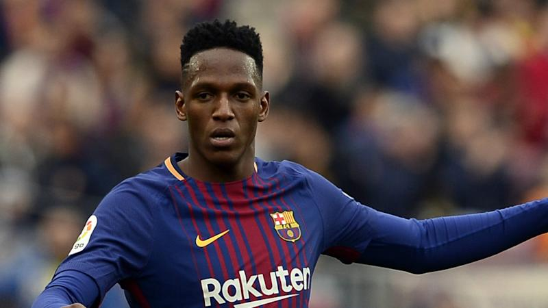 The Catalan side confirm the Colombian centre-back has finally found a new club, while Gomes will spend a season at Goodison Park