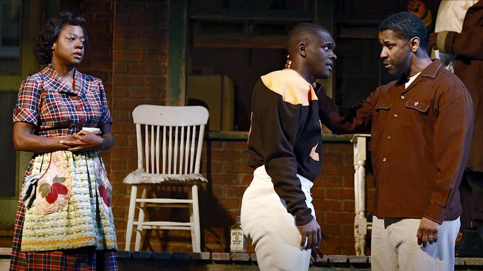 Giving Voice. Pictured (l-r): Viola Davis (Rose), Chris Chalk (Cory), Denzel Washington (Troy Maxson) in a performance of, Fences. (August Wilson Estate/Netflix)