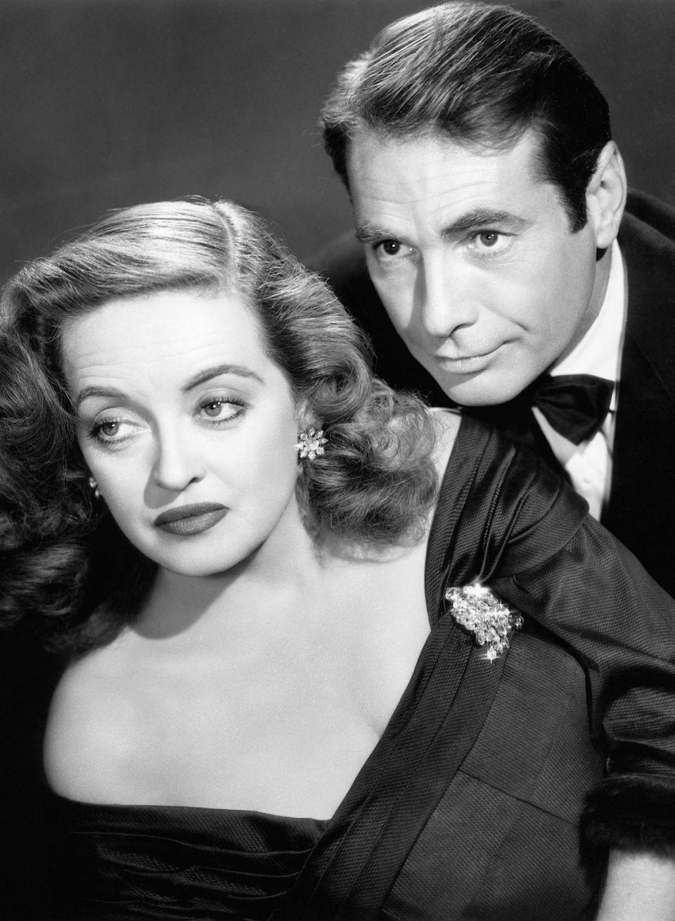 "<p><strong>Synopsis:</strong> Starring Bette Davis, a respected Broadway mega-star hires the young ambitious fan 'Eve' played by Anne Baxter as her personal assistant. Before long, it appears that 'Eve' has a sly conniving plan to overtake the big star and steal her life.</p><p>""Bette Davis is just spectacular.""</p>"