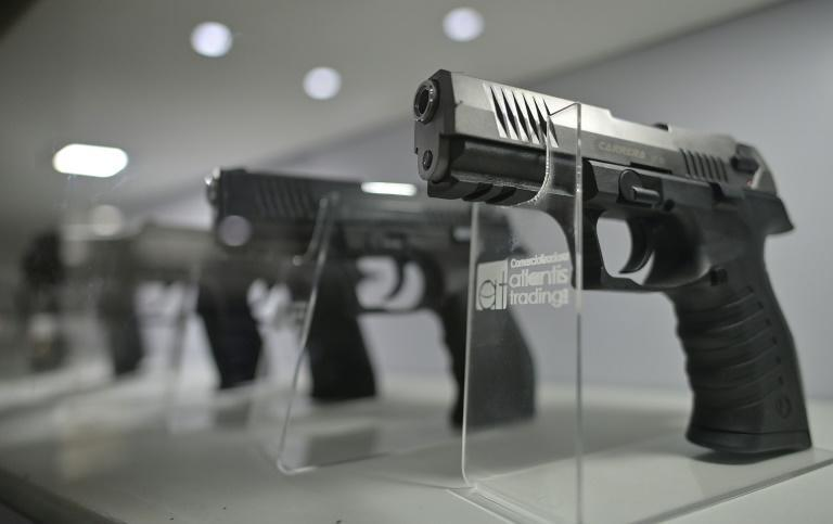 Some 1.6 million imitation guns have been sold in Colombia in the last 12 years (AFP/Juan BARRETO)