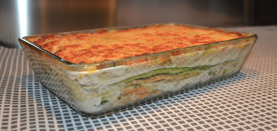 <p>Swap out those naughty lasagna sheets for strips of courgette. Slice lengthways and layer like you normally would. <b></b></p><p><i>[Photo: Pexels]</i></p>