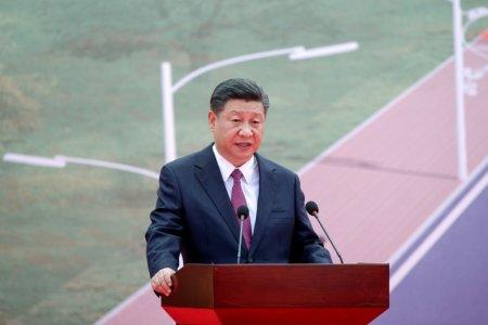 Chinese President Xi Jinping speaks during the opening ceremony of the China-Aid PNG Independence Boulevard Project ahead of the APEC summit in Port Moresby, Papua New Guinea, 16 November 2018. Mast Irham/Pool via REUTERS