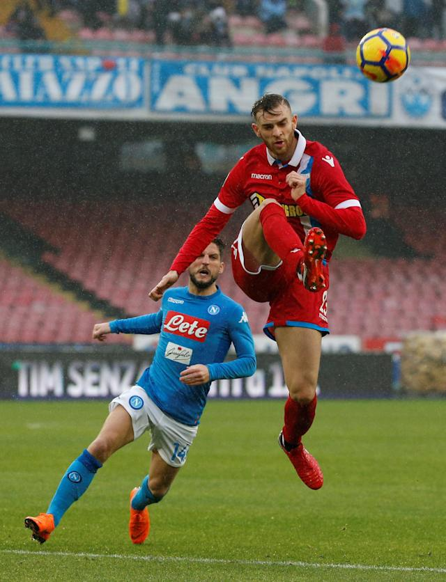 Soccer Football - Serie A - Napoli vs SPAL - Stadio San Paolo, Naples, Italy - February 18, 2018 Spal's Bartosz Salamon in action with Napoli's Lorenzo Insigne REUTERS/Ciro De Luca