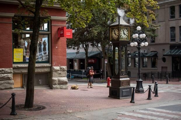 The steam clock in Vancouver's Gastown is usually a busy tourist destination, but pandemic restrictions have halted most recreational travel. (Ben Nelms/CBC - image credit)