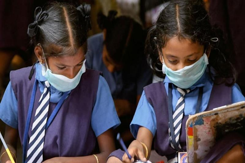 Indian Parents Start Petition to Keep Schools, Colleges Shut Till Covid-19 Vaccine is Out