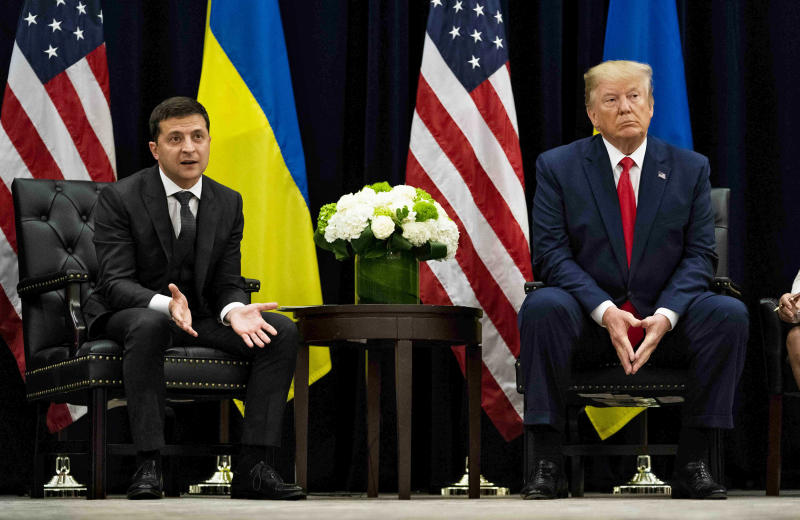 President Donald Trump meets with President Volodymyr Zelenskiy of Ukraine at a hotel in New York, Sept. 25, 2019. (Doug Mills/The New York Times)