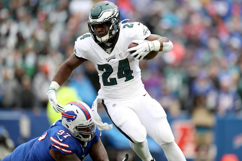 ORCHARD PARK, NEW YORK - OCTOBER 27: Jordan Phillips #97 of the Buffalo Bills attempts to tackle Jordan Howard #24 of the Philadelphia Eagles during the second quarter of an NFL game at New Era Field on October 27, 2019 in Orchard Park, New York. (Photo by Bryan M. Bennett/Getty Images)