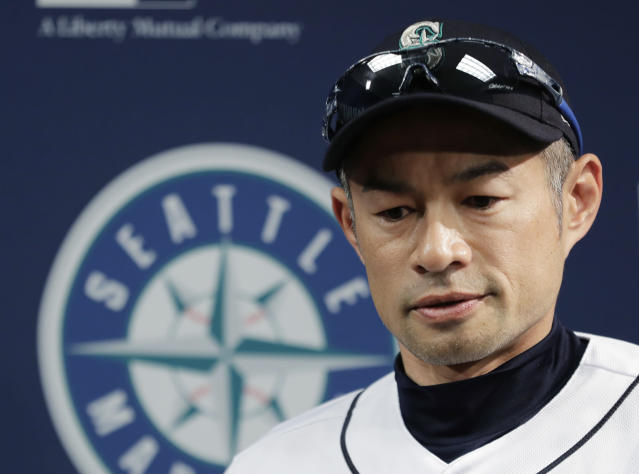 "<a class=""link rapid-noclick-resp"" href=""/mlb/players/6615/"" data-ylk=""slk:Ichiro Suzuki"">Ichiro Suzuki</a> had a memorable response when <a class=""link rapid-noclick-resp"" href=""/nfl/players/5228/"" data-ylk=""slk:Tom Brady"">Tom Brady</a> texted him last year. (AP)"