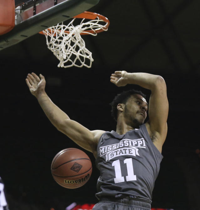 Mississippi State guard Quinndary Weatherspoon scores over Baylor during the first half of an NCAA college basketball game in the second round of the NIT tournament, Sunday, March 18, 2018, in Waco, Texas. (Rod Aydelotte/Waco Tribune-Herald via AP)