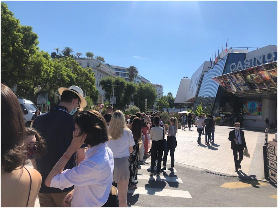 Cannes queue for The French Dispatch