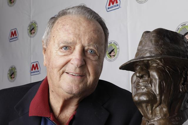 "FILE - In this Jan. 18, 2011, file photo, former college football coach Bobby Bowden poses with the Paul ""Bear"" Bryant College Coach of the Year Award in Houston. The Seminoles former coach will attend a game at FSU for the first time since retiring after the 2009 season. Bowden will plant the flaming spear at midfield as part of the pregame ceremonies Saturday against North Carolina State. (AP Photo/David J. Phillip, File)"