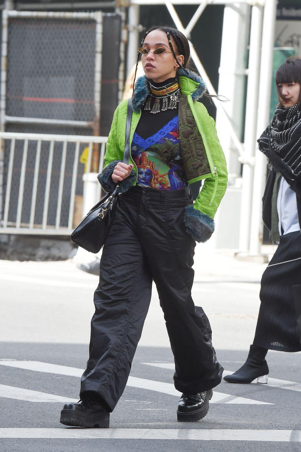 <p>I was today years old when I found out FKA Twigs invented layering. The singer serves a masterclass in winter style with her vintage-cool style. A choker layered <em>over </em>a turtleneck? Ya, I need to try that. <br><br></p>