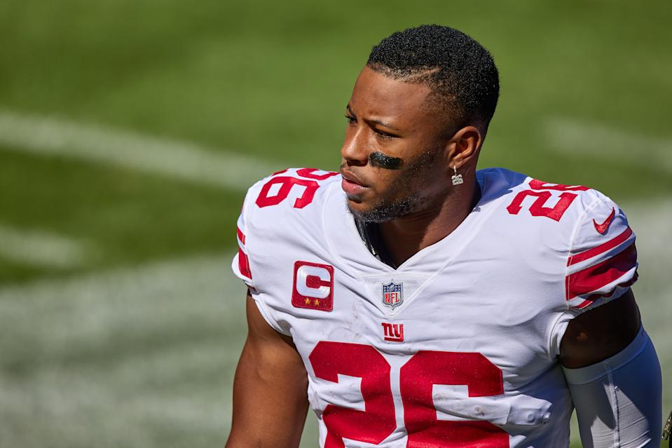 New York Giants running back Saquon Barkley (26) looks on in action during a game between the Chicago Bears and the New York Giants on September 20, 2020 at Soldier Field in Chicago, IL. (Photo by Robin Alam/Icon Sportswire via Getty Images)
