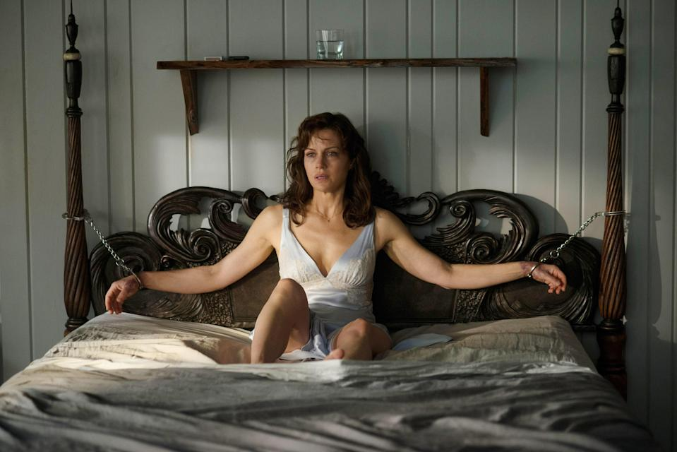 "<h1 class=""title"">GERALD'S GAME, Carla Gugino, 2017. ph: Glen Wilson / © Netflix / courtesy Everett Collection</h1><cite class=""credit"">©Netflix/Courtesy Everett Collection</cite>"