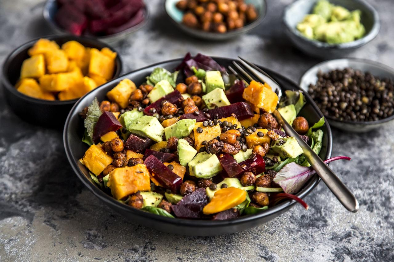 """<p>Losing weight <a rel=""""nofollow"""" href=""""https://www.womansday.com/health-fitness/workout-routines/advice/g813/tummy-toning-exercises/"""">isn't all about exercise</a> – what you eat matters too. But nobody wants to eat diet food that makes them feel like they're going to gnaw their arm off before dinner. That's why <a rel=""""nofollow"""" href=""""https://www.redbookmag.com/body/healthy-eating/g4252/nutritionists-healthy-eating-tips/"""">registered dietitians</a> say it's important to up your intake of veggies, grains, nuts, and other foods that are <a rel=""""nofollow"""" href=""""https://www.womansday.com/health-fitness/nutrition/advice/g57/15-fiber-packed-snacks-105972/"""">full of fiber</a>, protein, and other pound-dropping nutrients. These options will help you <a rel=""""nofollow"""" href=""""https://www.womansday.com/health-fitness/nutrition/a7374/how-to-stop-cravings/"""">prevent cravings</a> and keep you full straight through your usual <a rel=""""nofollow"""" href=""""https://www.womansday.com/food-recipes/food-drinks/g92/10-healthiest-snacks-104257/"""">afternoon snack</a>. </p>"""